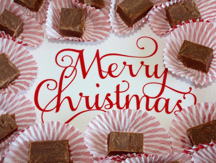 Chocolate Peanut Butter Fudge | Ellie And Addie #SavvySassyHoliday